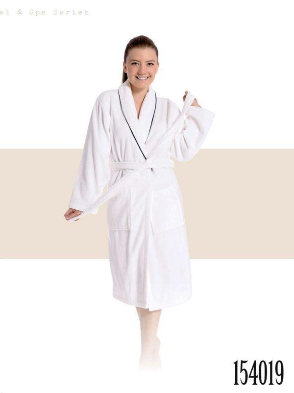 hotel bathrobes